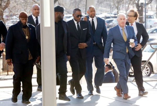 R. Kelly Back In Court For Aggravated Sexual Abuse Charges